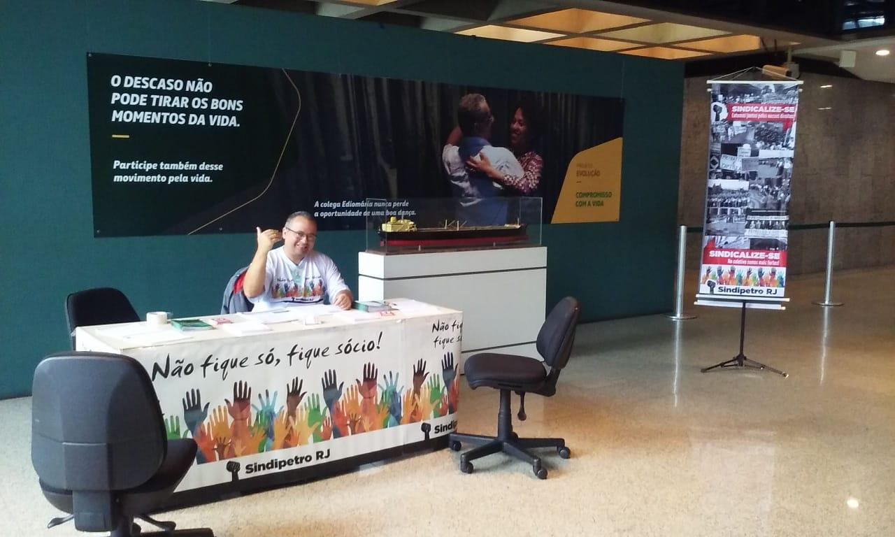 Sindicalização: campanha continua firme nas bases foto sindicaliza    o2